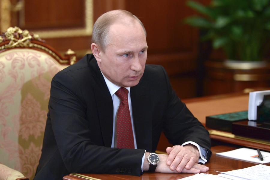 Владимир Путин призвал ополчение Новороссии открыть гуманитарный коридор для окружённых военных