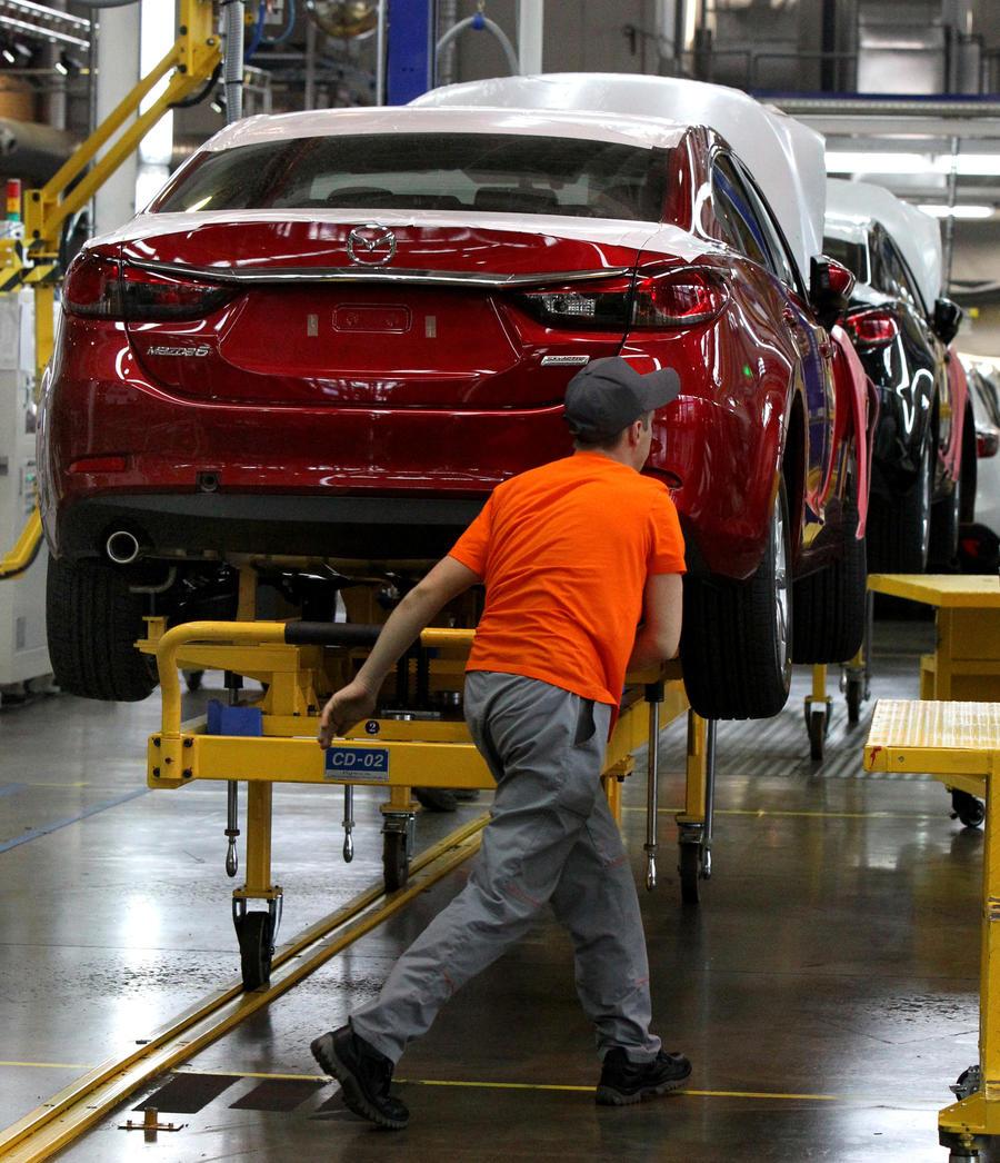 Японские производители решили не повышать цены на машины в России