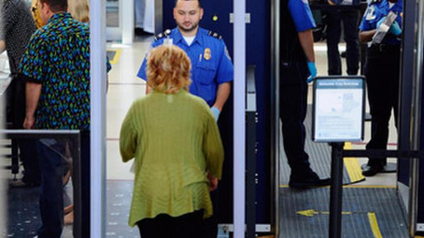 Американские таможенники заставили больную лейкемией снять бинты