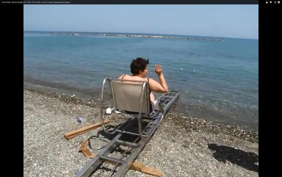 Греческие инвалиды смогут самостоятельно купаться в море