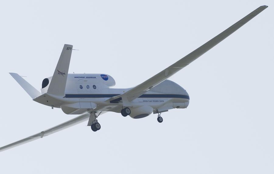 Пентагон стремится разработать управляемые эскадрильи дронов