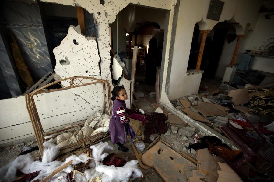 Израиль вновь ударил по сектору Газа накануне миротворческого визита госсекретаря США на Ближний Восток