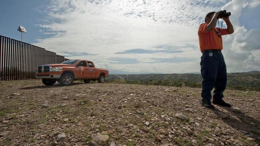 Аттракцион по «пересечению» границы США появился в одном из развлекательных парков Мексики