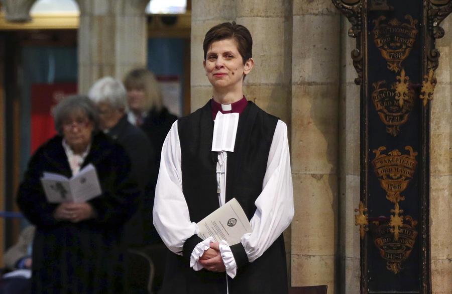 Группа служительниц Англиканской церкви предлагает обращаться к Богу в женском роде