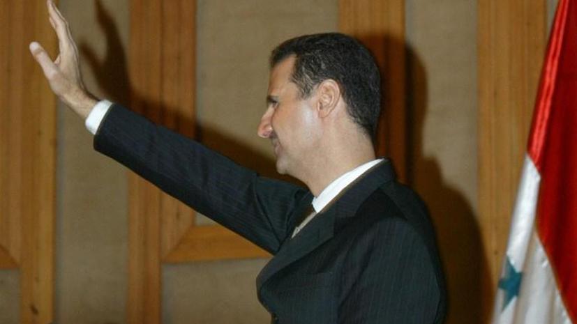 Башар Асад вновь появился на публике