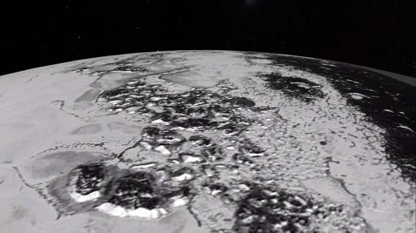 NASA опубликовало видео полёта New Horizons над горами Плутона