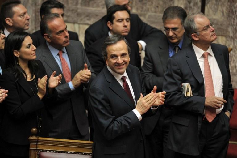 Грекам придется затянуть пояса - парламент страны принял антикризисный бюджет