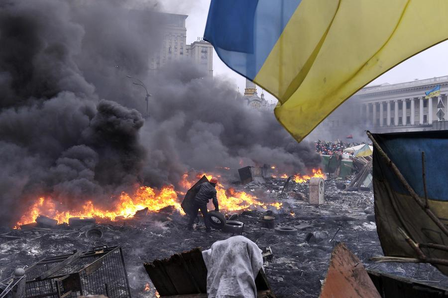 Российский дипломат:  Украинские экстремисты планировали нападение на генконсульство России во Львове