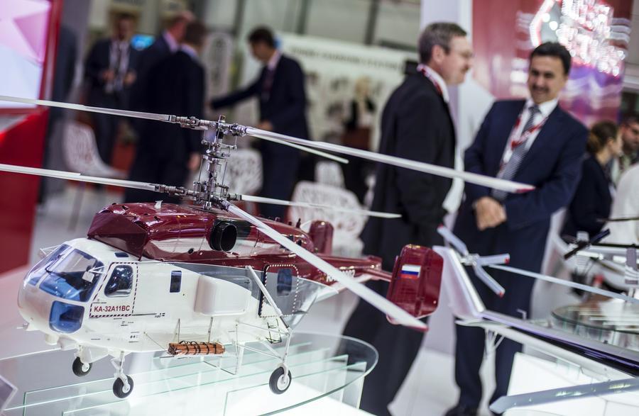 Российские истребители и вертолёты оказались в центре мирового внимания на Dubai Airshow 2015