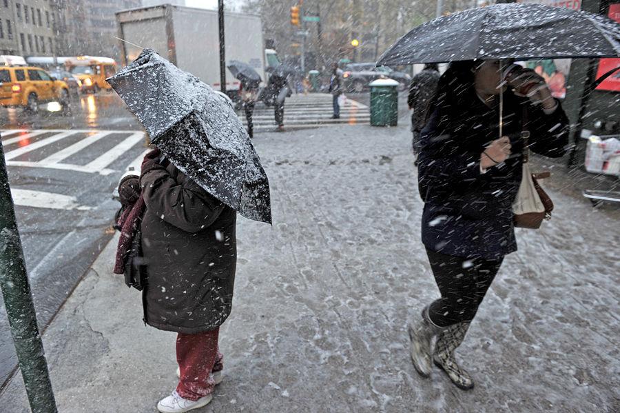 «Сидите дома и не высовывайтесь»: на США надвигается снежный Армагеддон