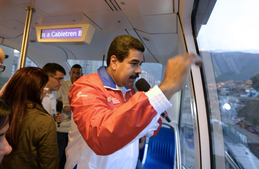 Николас Мадуро: международные правые силы стремятся превратить Венесуэлу во вторую Ливию