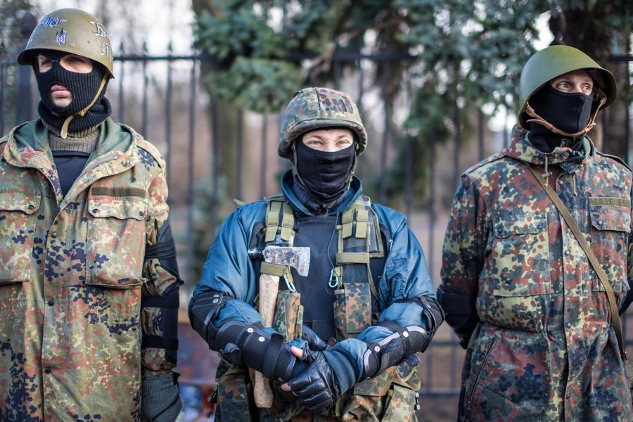 Злоумышленников, пытавшихся ограбить банк в центре Киева, отпустили за «заслуги» на Майдане