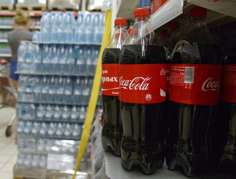 Исследование: разногласия между Москвой и Западом снизили потребление Coca-Cola в России