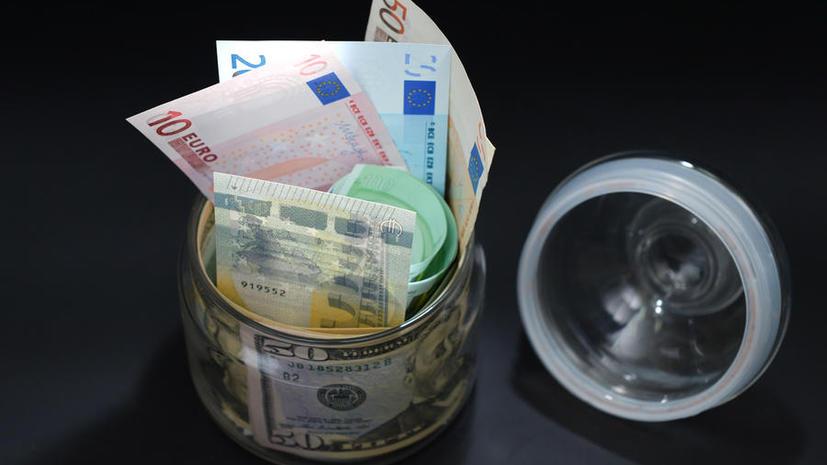 Страны ЕАЭС могут отказаться от доллара и евро при взаимных расчётах