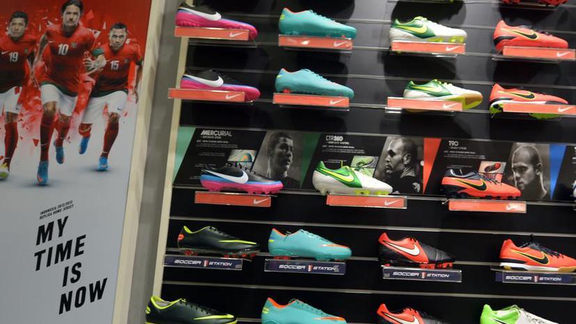 Nike и Adidas теперь печатают кроссовки на принтере