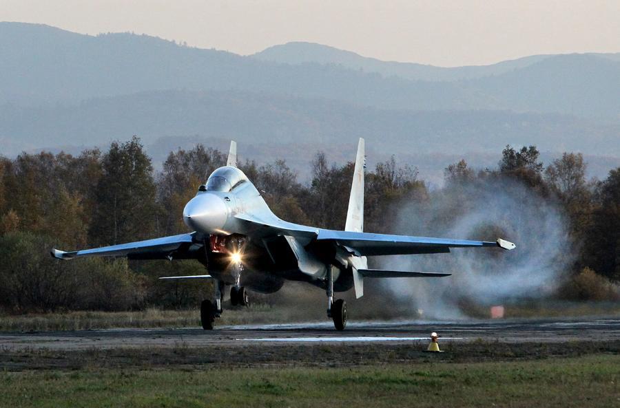 Николас Мадуро намерен обсудить с Владимиром Путиным поставку российских истребителей