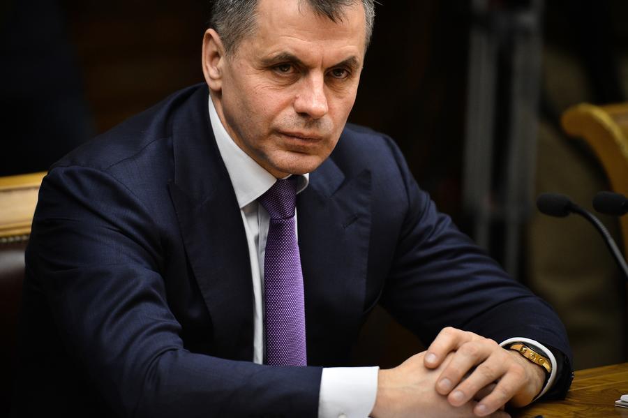 Главы четырёх политических партий Крыма договорились голосовать за присоединение к России