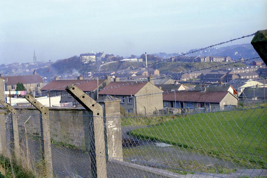 В Северной Ирландии снесут стены между католиками и протестантами