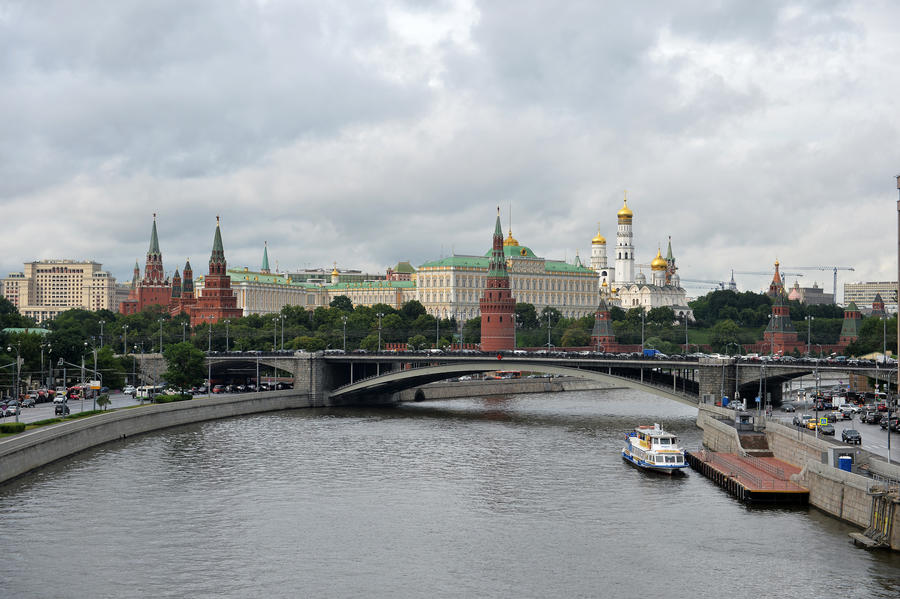 Американский журнал: Лишь России по силам остановить США