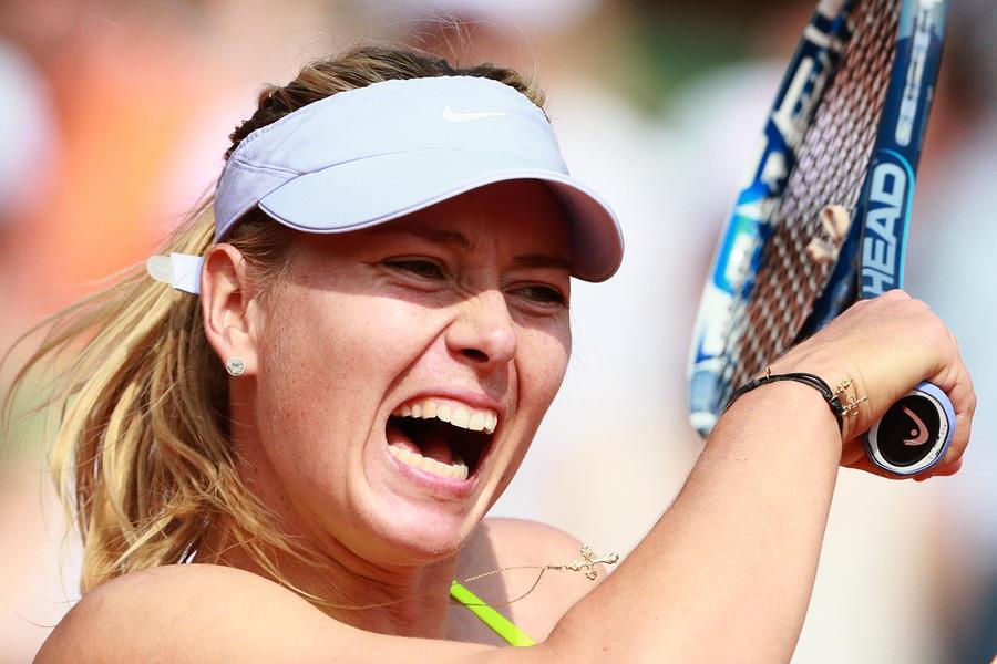 Мария Шарапова девятый год подряд на вершине списка самых богатых спортсменок мира