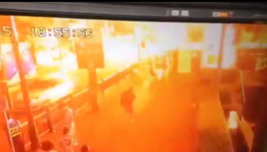 Первые фотографии и видео с места взрыва в центре Бангкока