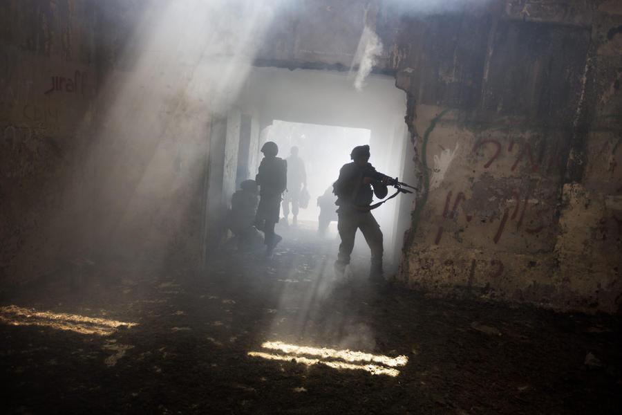 На рассмотрение Сената США представили закон о поставках оружия сирийской оппозиции