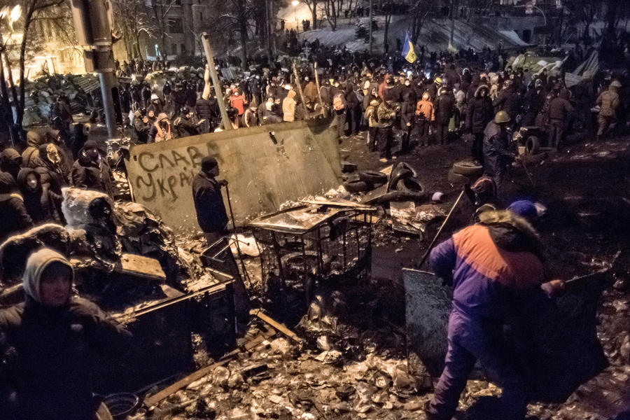 СМИ: На Крещатике протестующие захватили министерство аграрной политики