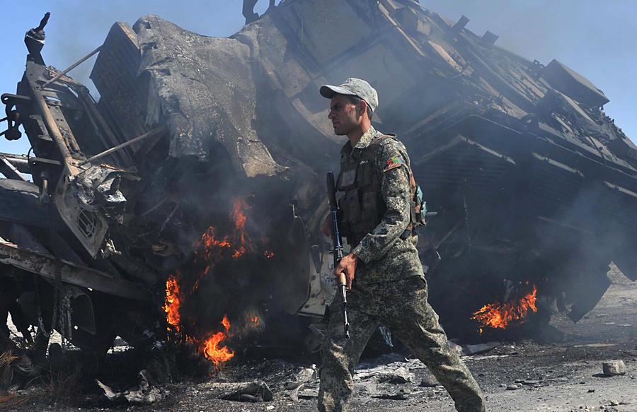 СМИ: Власти Афганистана вряд ли смогут сами справиться с талибами