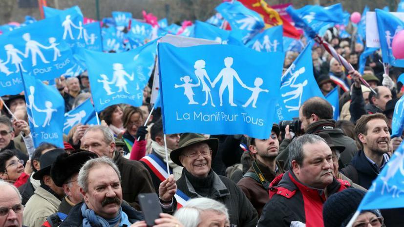 В Париже 800 тыс. человек выступили против легализации однополых браков