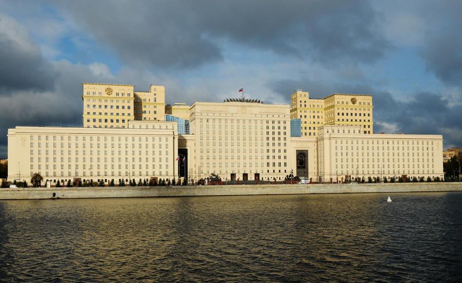 Минобороны РФ опровергло сообщение CNN о падении российских ракет в Иране