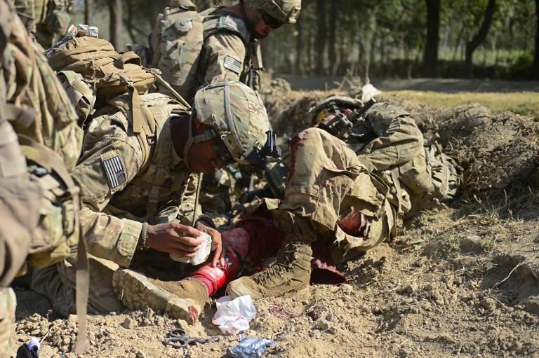 Афганский солдат застрелил британского военного и ранил шестерых