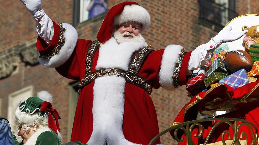 «Тайный Санта» раздает американцам стодолларовые купюры