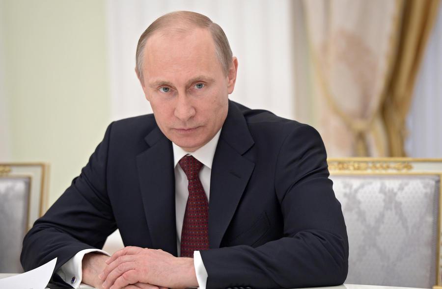 ВЦИОМ: Россияне характеризуют Владимира Путина как компетентного и целеустремлённого политика