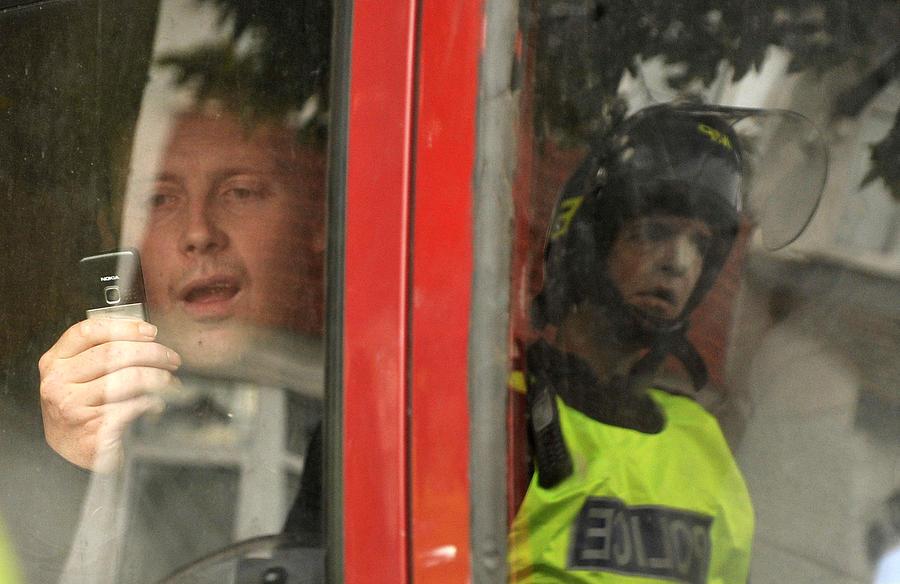 Британский полицейский отправился в тюрьму за торговлю личными данными королевской семьи