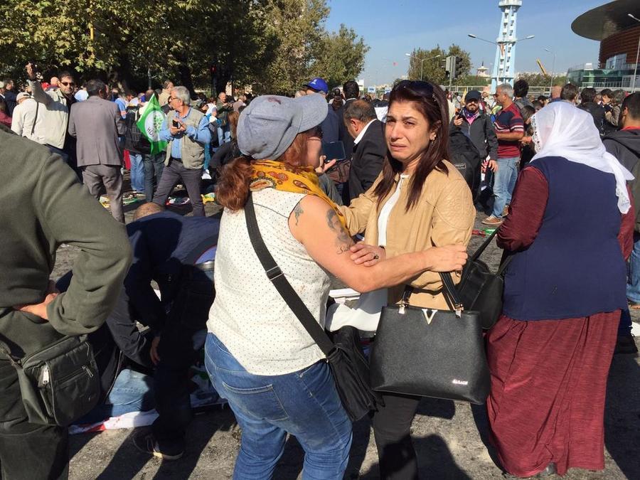 Фото и видео из Анкары, где прогремели два взрыва