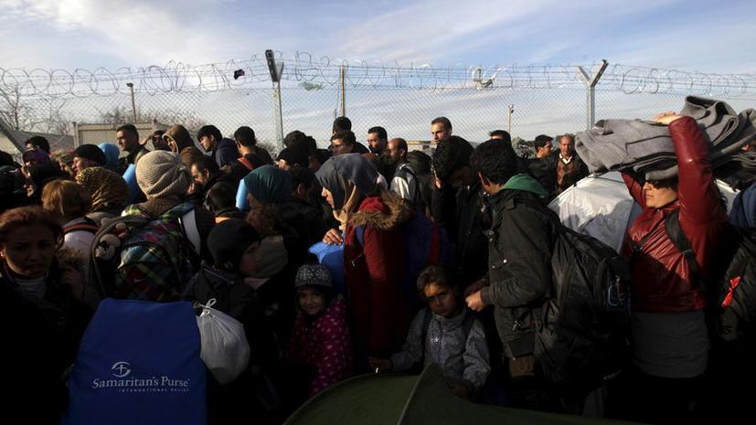 Решение миграционного кризиса от The Times: отправить беженцев на войну