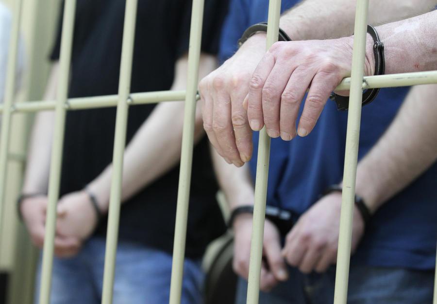 В Подмосковье задержали около 20 человек по подозрению в причастности к экстремизму