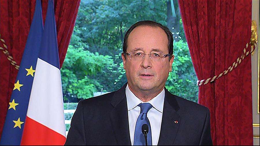 Франсуа Олланд пообещал вернуть незаконно депортированную школьницу
