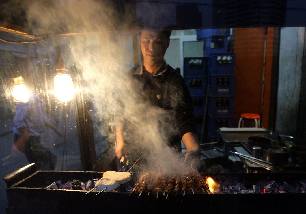 Чтобы спастись от смога, в Китае запретят барбекю