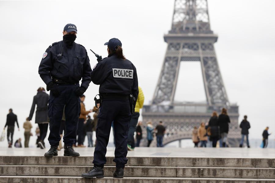 Полиция задержала человека, подозреваемого в нападении на редакцию газеты Liberation и штаб-квартиру Societe General