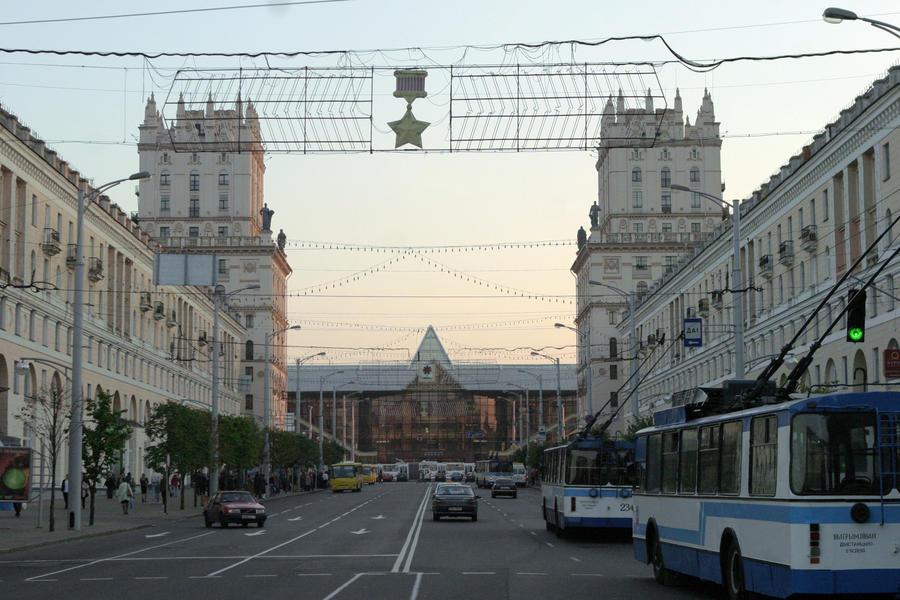 Белорусские власти будут отбирать машины у пьяных россиян