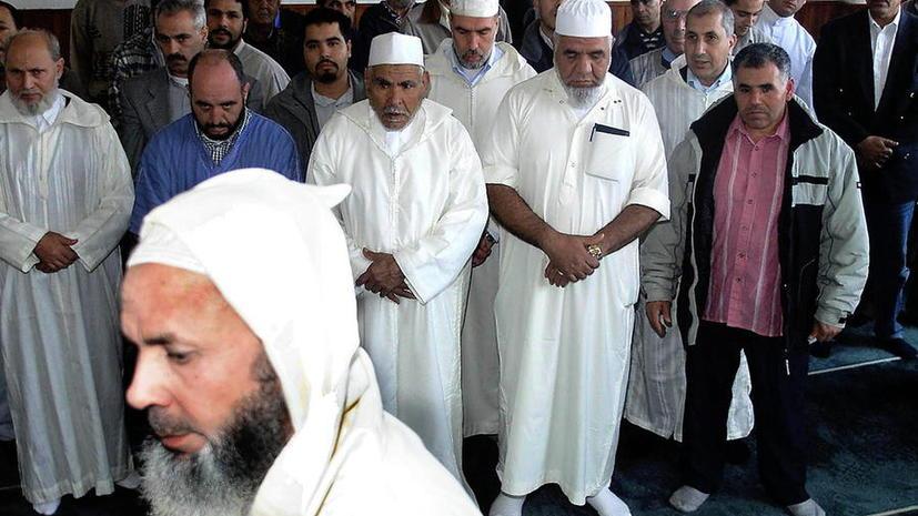 Бельгийским полицейским приказано выслеживать бородатых мусульман