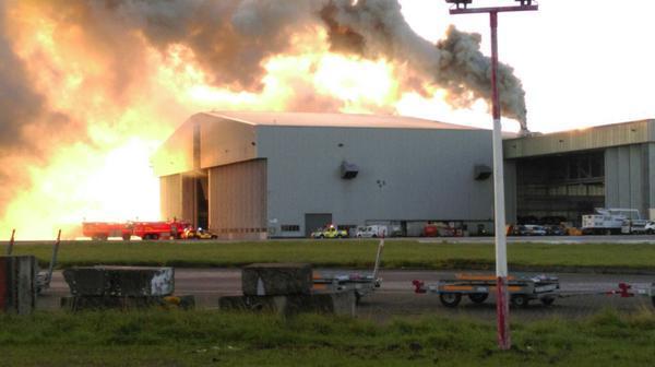 В аэропорту Дублина сгорел ангар