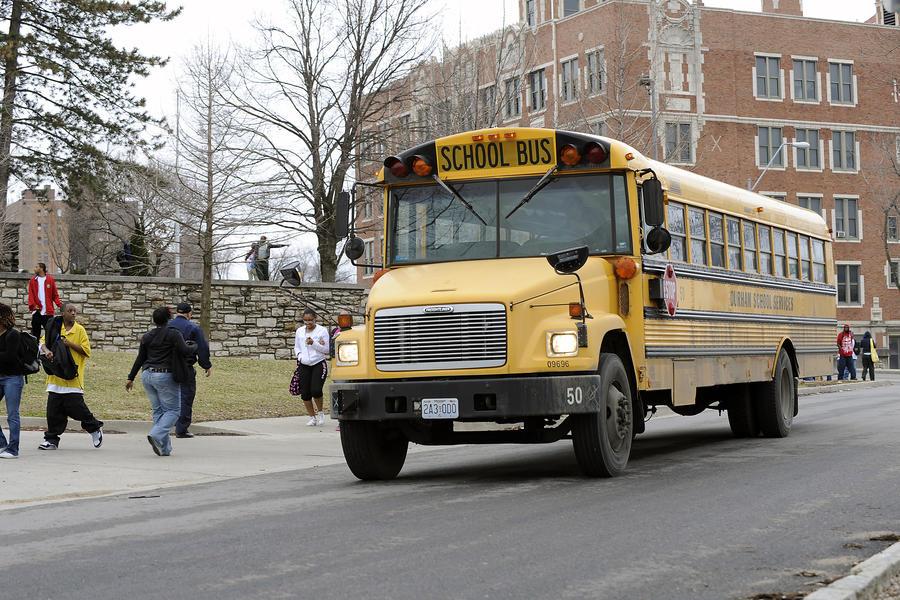 Школы Канзаса, в которых разрешено ношение оружия, не будут застрахованы