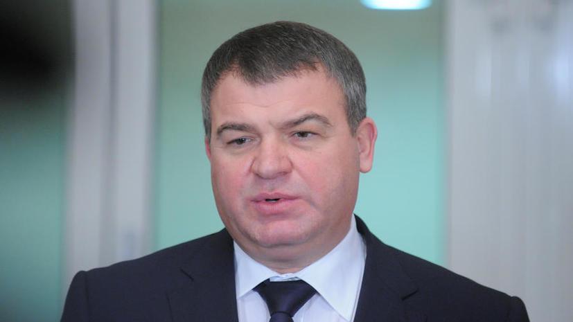 Анатолию Сердюкову предъявили обвинение в халатности