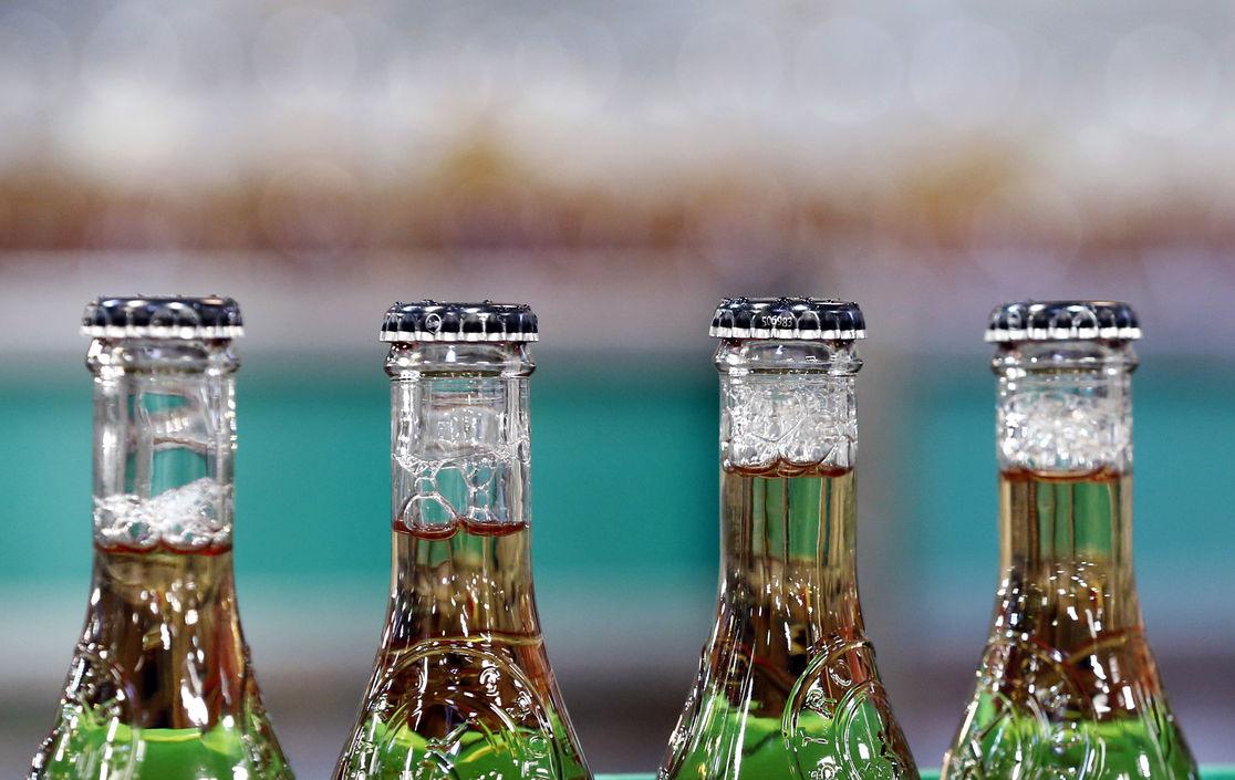 Любители пива в США подали в суд на разбавленный Budweiser