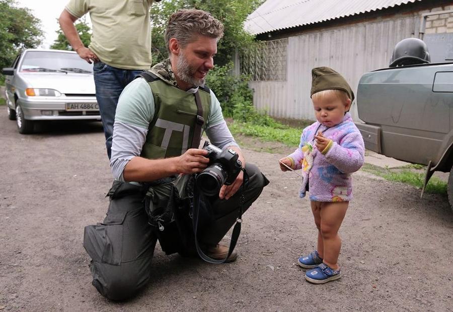 Пропавший на Украине фотокор МИА «Россия сегодня» Андрей Стенин задержан СБУ в Запорожье