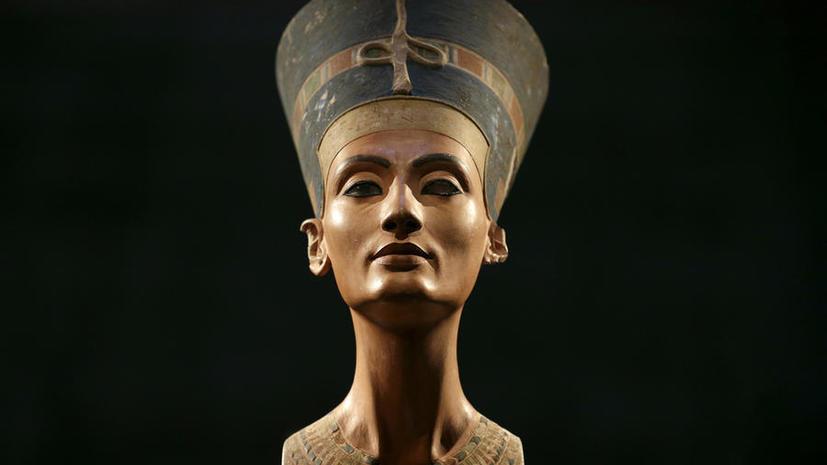 Загадки Луксора: археологи продолжают поиски гробницы Нефертити