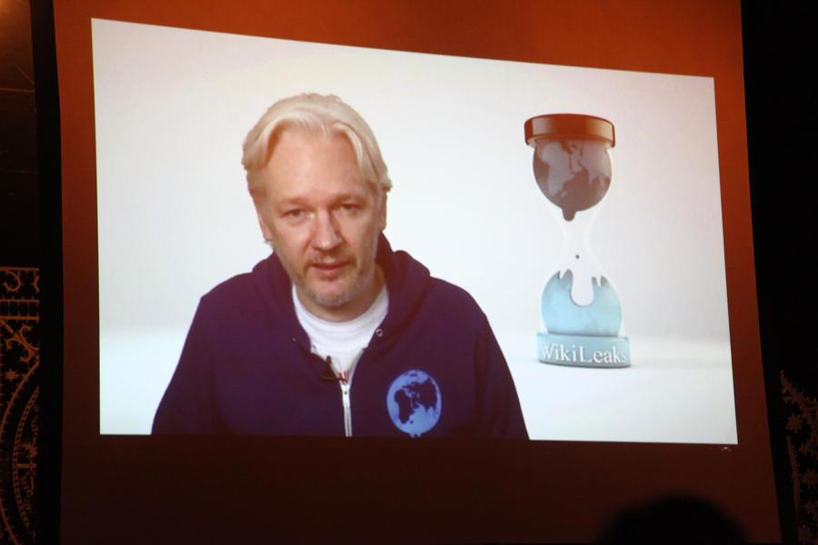 Джулиан Ассанж: США аннексировали весь мир посредством глобальной слежки