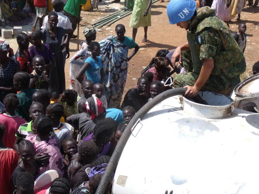Более 30 человек погибли в результате нападения боевиков в Южном Судане на базу ООН